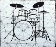 Drums batik &copy Toni Spencer